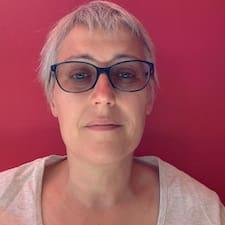 Marie-Luce felhasználói profilja