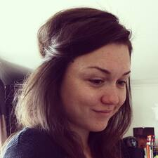 Laura Carmen User Profile