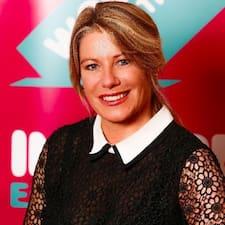 Carol Miriam User Profile
