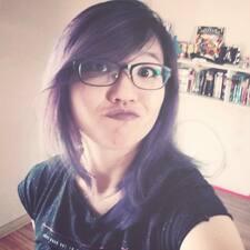 Caroline Mayumi User Profile