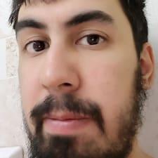 Рустам felhasználói profilja