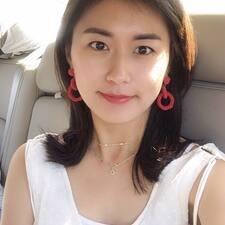 En savoir plus sur Jooyoung