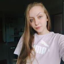 Júlia님의 사용자 프로필