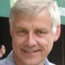 Кориснички профил на Paul