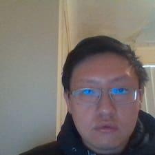Zhong的用戶個人資料