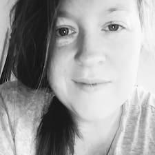 Christyna User Profile
