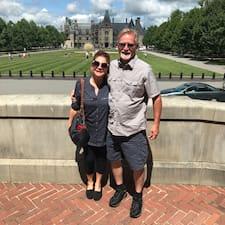 John & Renee Kullanıcı Profili