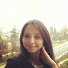 Profilo utente di Yasna Karina