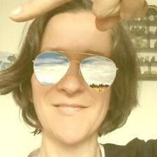 Profil Pengguna Anne-Yaëlle