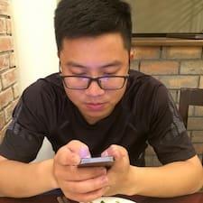 Notandalýsing Quang Thành