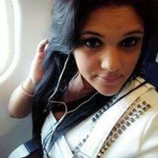 Profilo utente di Yaima Estrella