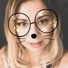 Monica님의 사용자 프로필