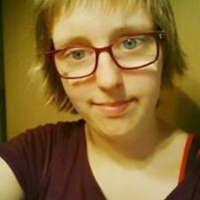 Profil Pengguna Emelyne