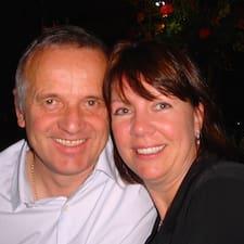 Fiona & Dave님의 사용자 프로필