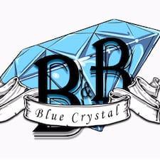 Profil Pengguna B&B Blue Crystal