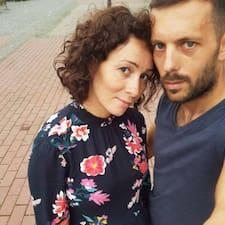 En savoir plus sur Manuela & Flo