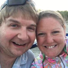 โพรไฟล์ผู้ใช้ Jill & Tim