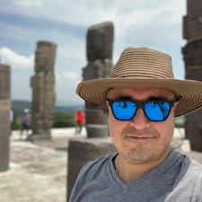 Victor Mauricio User Profile