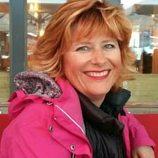 Anne-Laure的用戶個人資料