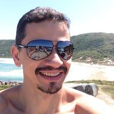 Mauricio Moreira User Profile