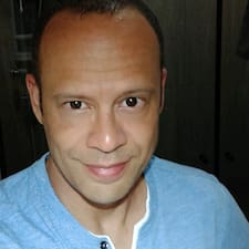 Profilo utente di Adriano
