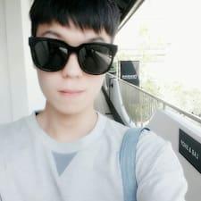Το προφίλ του/της Yoondong