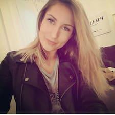 Marie-Isabelle उपयोगकर्ता प्रोफ़ाइल