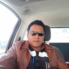 Jose Julian felhasználói profilja