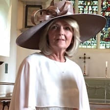 โพรไฟล์ผู้ใช้ Janet