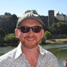 Neal felhasználói profilja