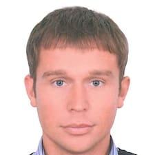 Dmitry ist der Gastgeber.