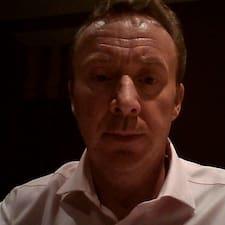 โพรไฟล์ผู้ใช้ Nigel
