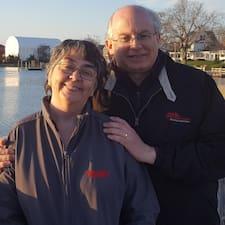 Profilo utente di James And Susan