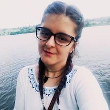 Iasmina felhasználói profilja