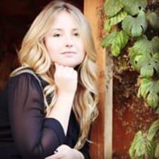 Дарина felhasználói profilja