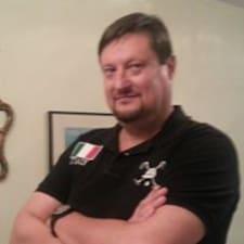 Flavio felhasználói profilja