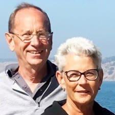 โพรไฟล์ผู้ใช้ Ken & Cathy