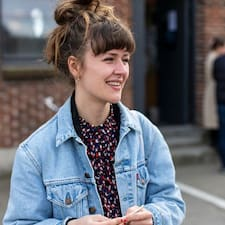 Profil Pengguna Astrid Ellesøe