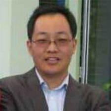 正东 felhasználói profilja