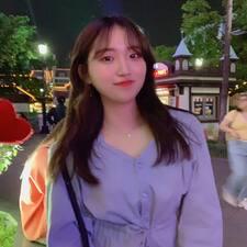 윤정 felhasználói profilja