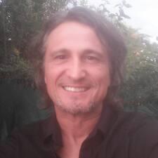 Laurent Profile ng User