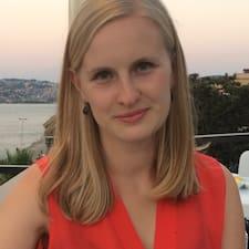 Julia Avatar