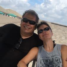 Profil Pengguna Mark & Stacy