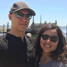 โพรไฟล์ผู้ใช้ David And Claudia