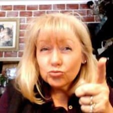Kathy est un Superhost.