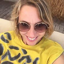 Tessa Profile ng User