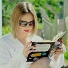 Priscila Kinas User Profile