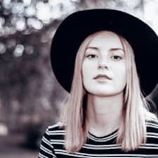 Andrea Louise User Profile