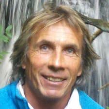 Frédéric ist ein Superhost.