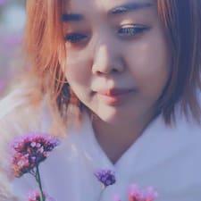 新玲 felhasználói profilja
